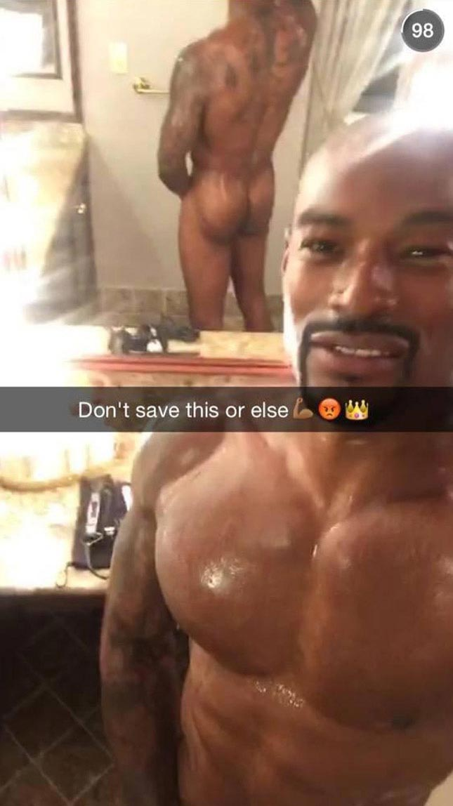 Supermodel Tyson Beckford shows off his naked body