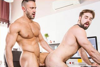 Logan Moore dominated by muscular Latino Xavi Duran
