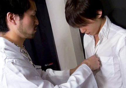 asian-guys-in-doctor-role-play-i-dont-remember-fucking-my-own-doctor-at-my-last-physical