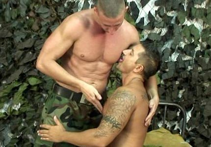 erotic-story-an-evening-at-my-armory
