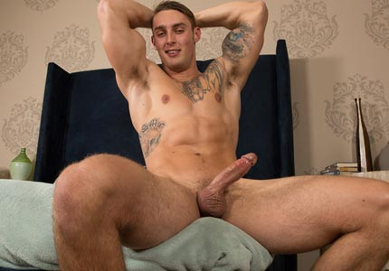 seancody-models-first-time-on-camera-bennett-wanks